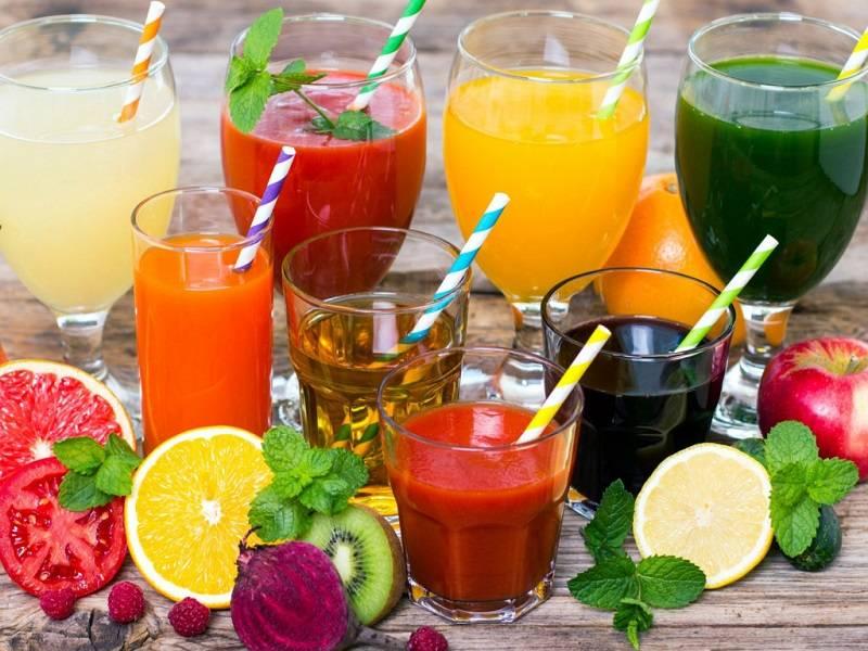 ТОП-5 самых полезных напитков в жару