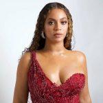 Роскошная Бейонсе порадовала фанатов идеальной фигурой и чудесным нарядом