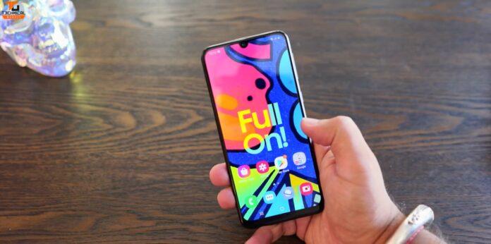 Samsung Galaxy F41: достойный конкурент Poco X3