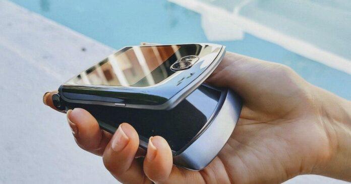 Культовый смартфон Motorola существенно обновился