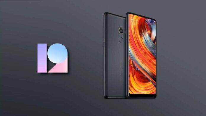 Старый флагман Xiaomi получил глобальную MIUI 12
