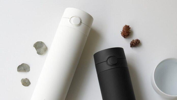 Xiaomi выпустила доступный термос с уникальной функцией
