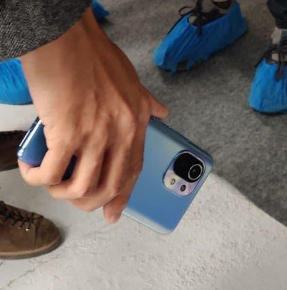 Xiaomi Mi 11 удивил внешним видом на новых фотографиях