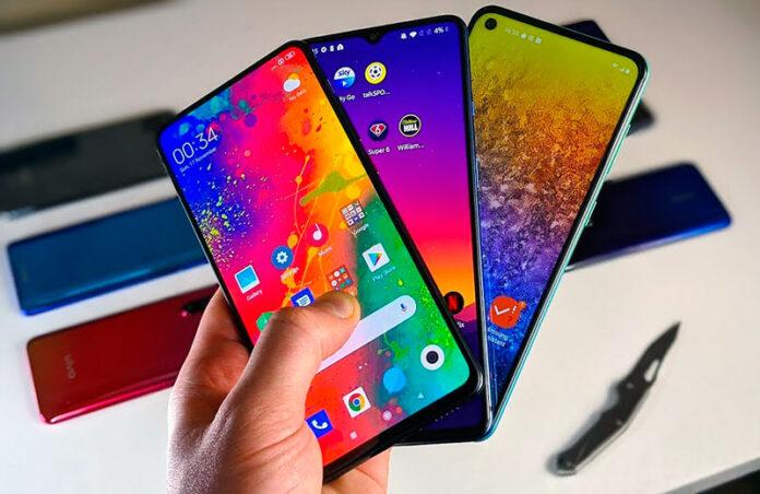 Итоги 2020 года: 8 лучших доступных смартфонов