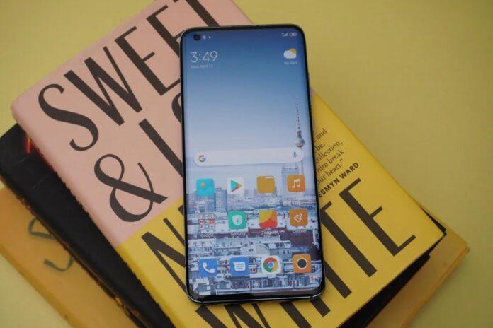 Xiaomi Mi 11 Pro многих удивит флагманским дисплеем