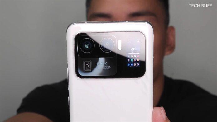 Xiaomi Mi 11 Ultra: «заряженный» флагман с необычным дизайном и дополнительным дисплеем