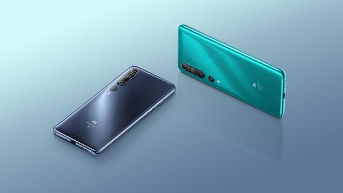 Популярный флагман Xiaomi стал существенно доступнее