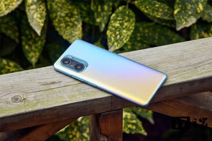 Смартфоны со Snapdragon 888 оказались более производительные конкурентов