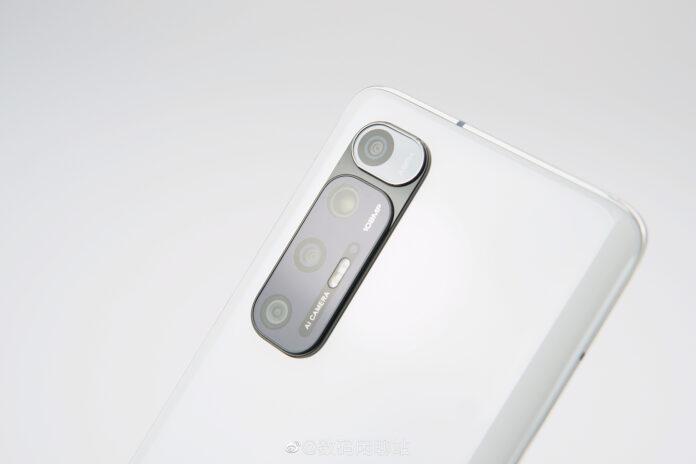 Флагман Xiaomi Mi 10S с улучшенными стереодинамиками стал более доступным