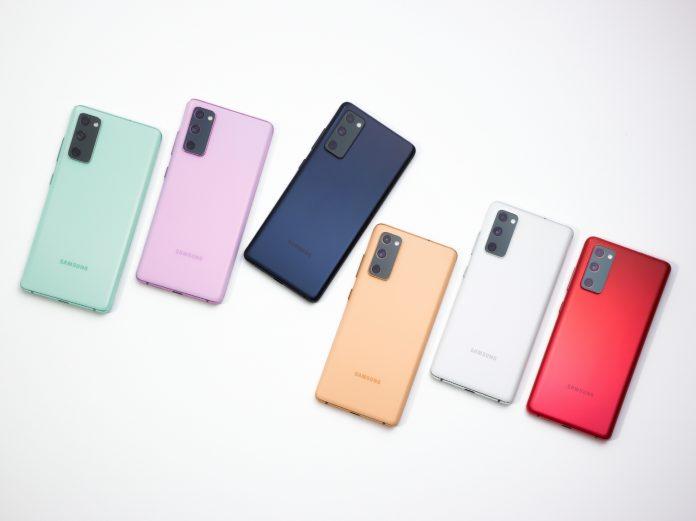 Названы самые популярные смартфоны в 2021 году