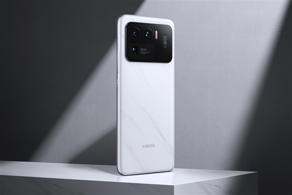 Xiaomi Mi 11 Ultra снова стал более доступным