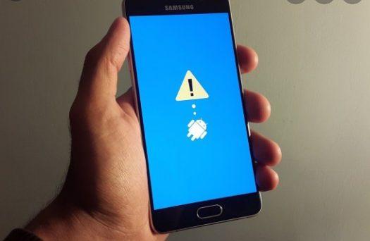 Смартфоны Samsung массово перезагружаются и работают некорректно. В чем причина