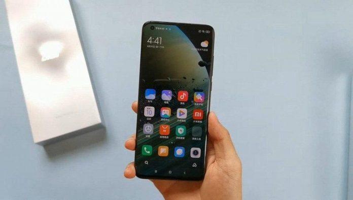 Блогер заплатит 150 000 долларов за «слив» информации о флагмане Xiaomi