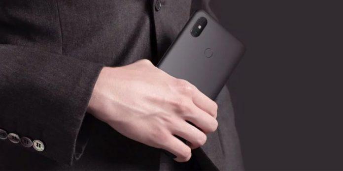 Старый фаблет Xiaomi получил MIUI 12.5
