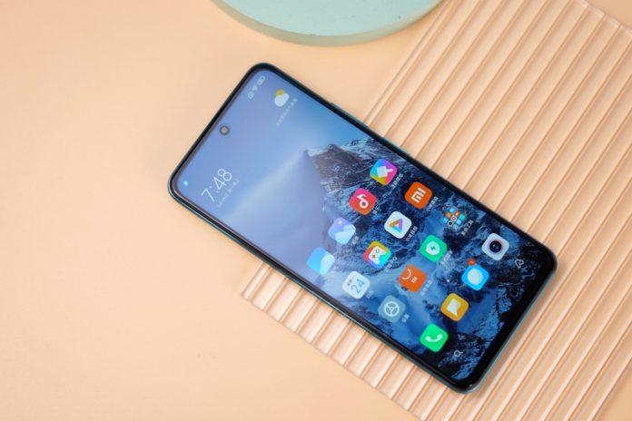 Redmi 10: самый бюджетный смартфон Xiaomi с предустановленной MIUI 12.5