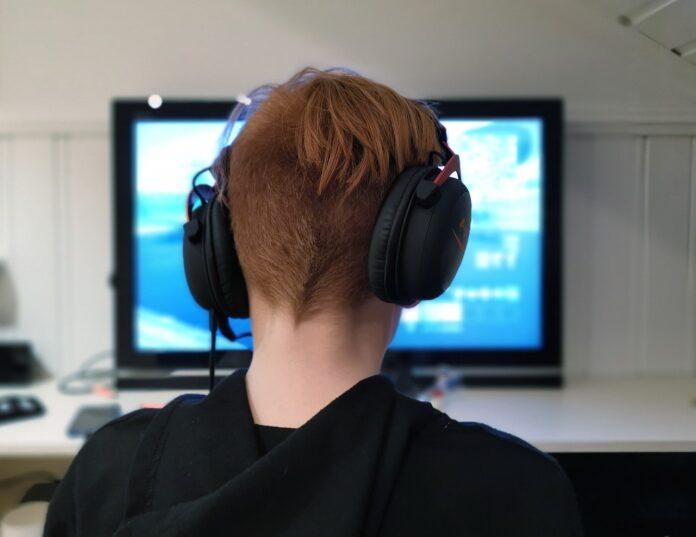 Эксперты заявили, что компьютерные игры помогают похудеть