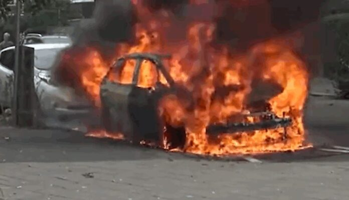 Впервые произошло самовозгорание электромобиля Volkswagen