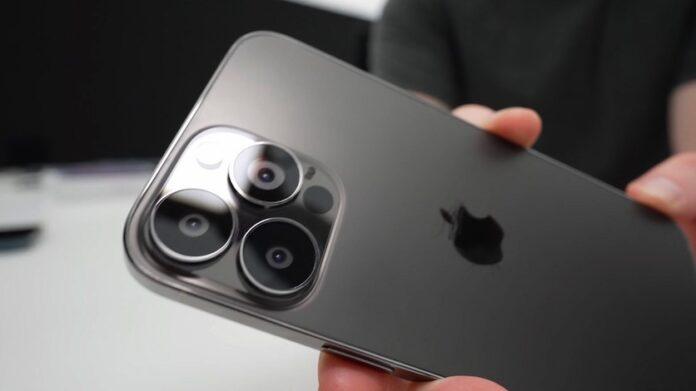 В Apple решили сэкономить на камере iPhone 13