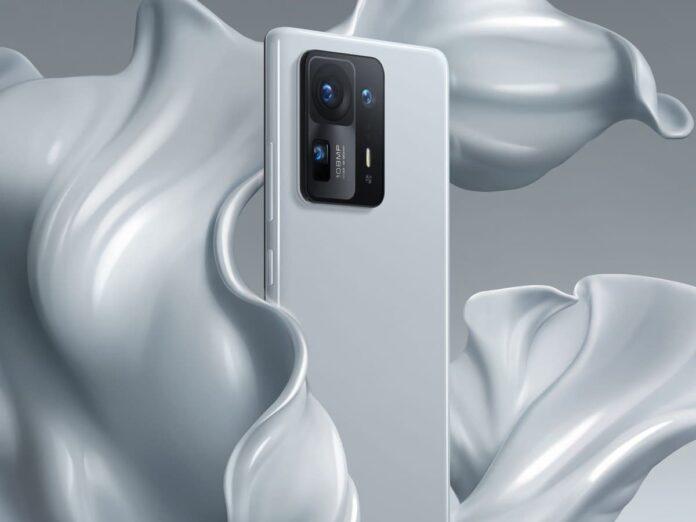 Xiaomi Mi Mix 4 уже в дефиците и глава компании назвал основной минус камеры под экраном