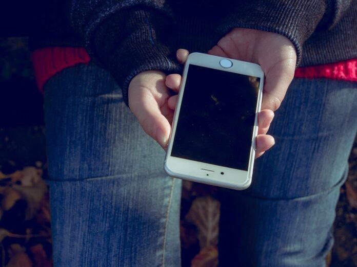 ЕС требует до 7 лет обслуживания и обновления смартфонов. Против выступают Samsung, Apple и Huawei