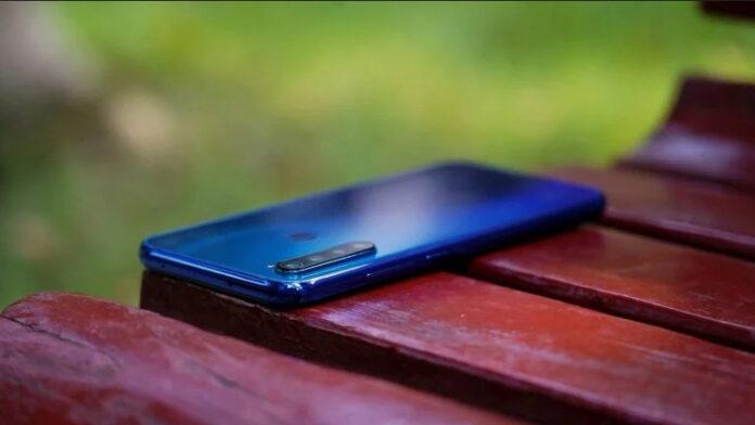 Xiaomi начала борьбу с «серыми» смартфонами. Какие модели блокируют