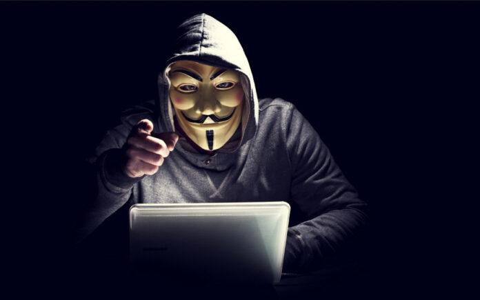 В Киеве задержали хакера, который украл с карт украинцев около 100 000 грн