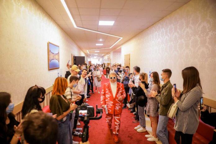 Первый в мире «факультет TikTok» появился в киевском университете