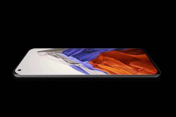 Показали первый бюджетный флагман Xiaomi с разрешением экрана 4K. Возможно Xiaomi 12